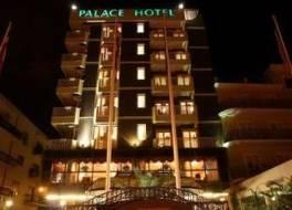 ホテル パレス
