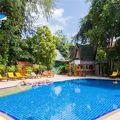 写真:トロピカ バンガロー ホテル