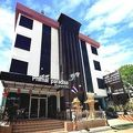 写真:ピマーイ パラダイス ホテル
