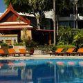写真:サファリ ビーチ ホテル