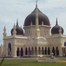 美しいモスクです。