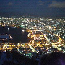 函館山から見る夜景は最高です