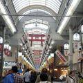 写真:天神橋筋商店街