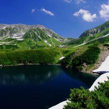 日本屈指の山岳景勝地