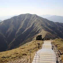 比較的登りやすい山です。