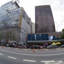 日本人来訪頻度が一番高いビル........だと思う......たぶん.....。