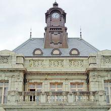 素晴らしい元県庁と県議会堂