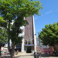 写真:聖三位一体教会 (ハウンズロー)