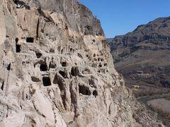 ヴァルジア遺跡 (歴史博物館と洞穴修道院)
