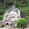 写真:万治の石仏