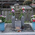 写真:畠山義豊の墓