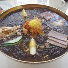 平壌冷麺の殿堂