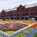 写真:横浜赤レンガ倉庫