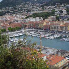 ニースの旧港の眺め