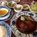 写真:民家レストラン伊萬里亭