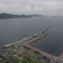 海側の景観は主にレストラン側から楽しめます