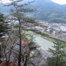 途中で見下ろす津和野の景色