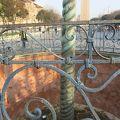 写真:蛇の柱