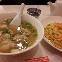 レトロな中華料理屋