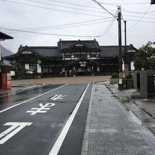 旧大社駅、外観。