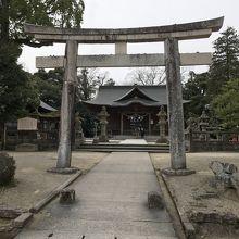 松江城山公園内、松江神社。