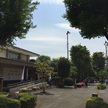 盆栽町にある珍しい博物館です。