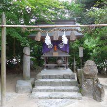 山神神社にはシンボルが祀られています