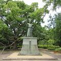 写真:蜂須賀家政銅像