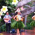写真:ロイヤル ハワイアン センター フラショー