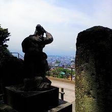 隊士たちはこのように鶴ヶ城を見たと言われています