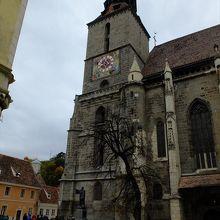 ルーマニア最大の教会。ブラショフの街のランドマークになっています。