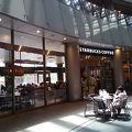 写真:スターバックス・コーヒー リバーウォーク北九州デコシティ店