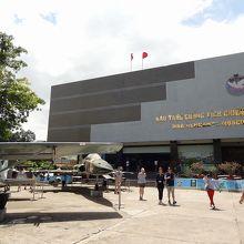 3階建ての博物館です。