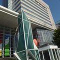 写真:富山市芸術文化ホール (オーバード ホール)
