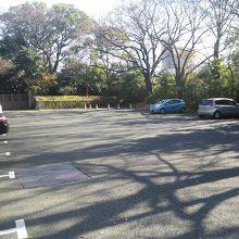 無料駐車場あり