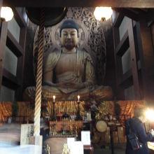 大仏像もりっぱでした。外側からそっととりました。
