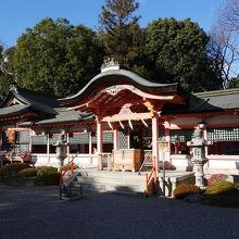 西院からすぐの神社