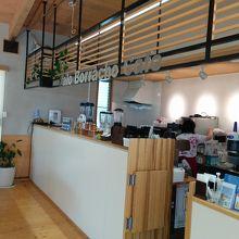 パラボラチョカフェの店内です。