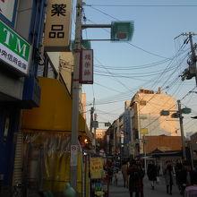 河原町通りと新京極通りを結ぶ