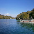 写真:コジャク湖