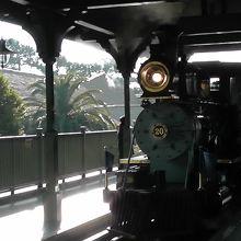 ウエスタンリバー鉄道です 蒸気機関車です