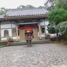 割と小さな寺院