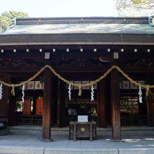 後鳥羽天皇の離宮であった水無瀬殿の跡に建てられた神社