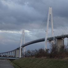 優美な大橋