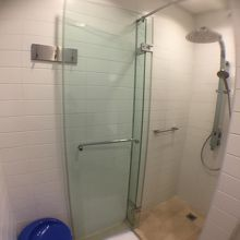 乗り継ぎ時間利用で、ドバイ空港内でシャワーを浴びるならここです!