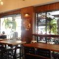 写真:ワーウィーコーヒー (ラーチャダムヌーン通り店)