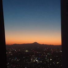 シルエット富士です。