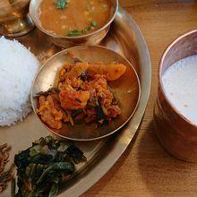 いろんなネパール料理があります