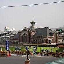 工事中の台鉄台中駅。