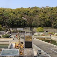 松山城城郭の麓にある二之丸跡の庭園